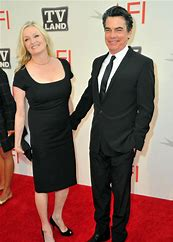 Paula Harwood and Peter Gallagher