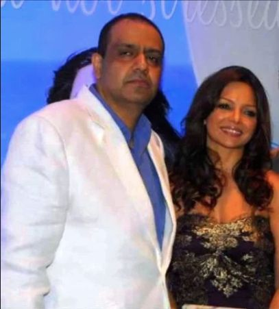 Alanna Panday father chikki pandey and mother