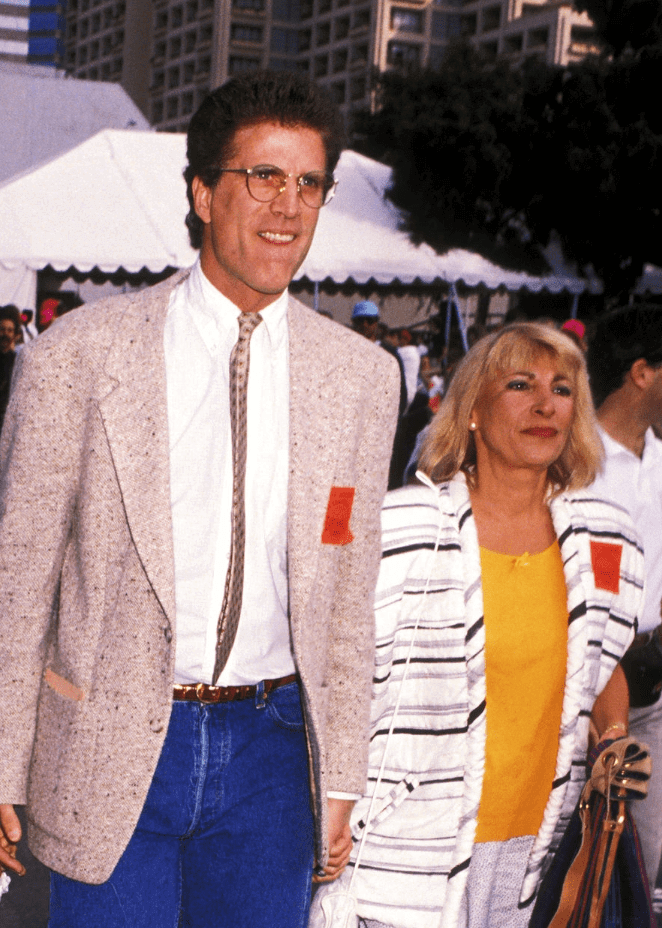 ted danson and casey coates